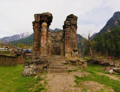 Neelum Valley Azad Kashmir (Group Tour)