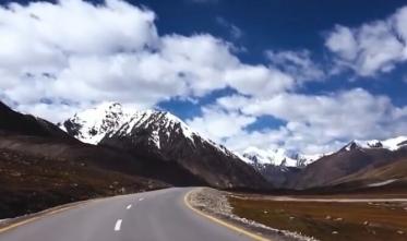 05 Days Deluxe Trip to Hunza, Naltar, Attabad Lake  Khunjerab P