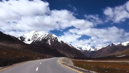 05 Days Deluxe Trip Attabad Lake Khunjerab P